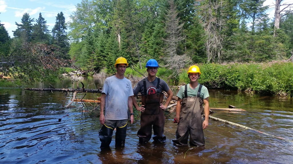 photo of Forest Service interns
